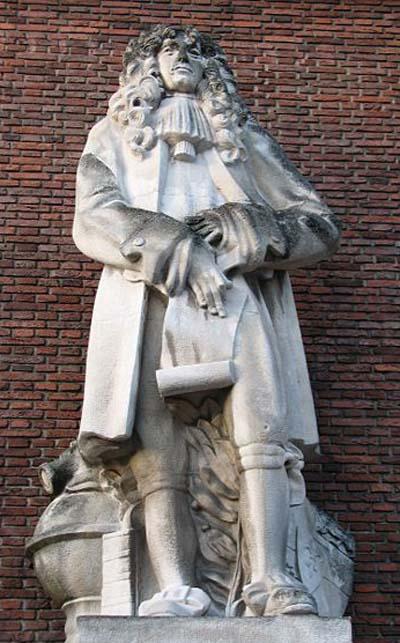 450px-christiaan_huygens_statue_rotterdam.jpg