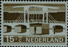 NVPH 902
