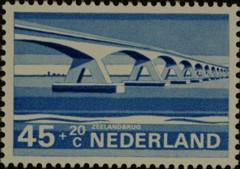 NVPH 905