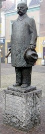Gerbrandy standbeeld