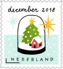 Decemberzegel 2018 - stolp met huisje en kerstboom